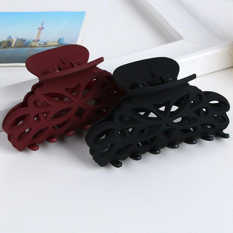 Plastic Clips Style Fashion Accessory For Gir Size